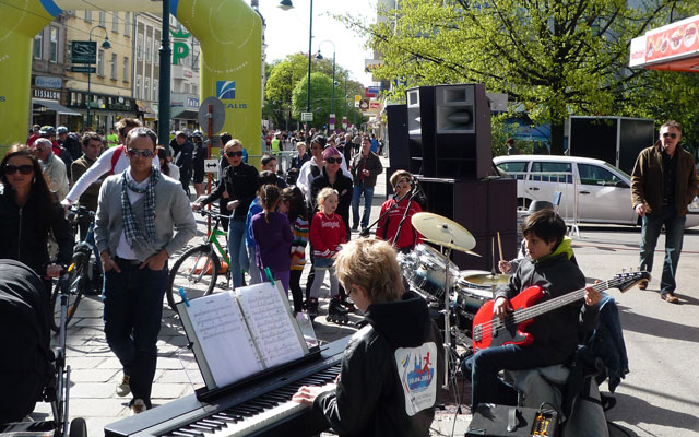 Musical motivation at Linz Marathon
